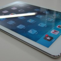 Apple iPad Air 16 GB (Wifi And Cellular) ME997LL/A Review